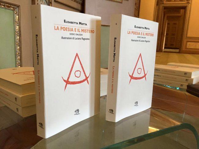 Foto di copertina de La poesia e il mistero di Elisabetta Motta (La Vita Felice 2016)