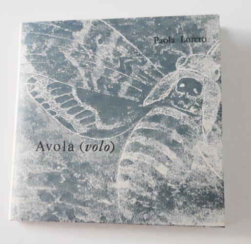 Avola (volo) di Paola Loreto - Copertina