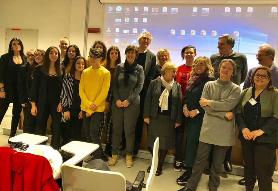 Gli studenti del Liceo Modigliani che hanno lavorato al progettodi aleternanza su Aurelia Josz
